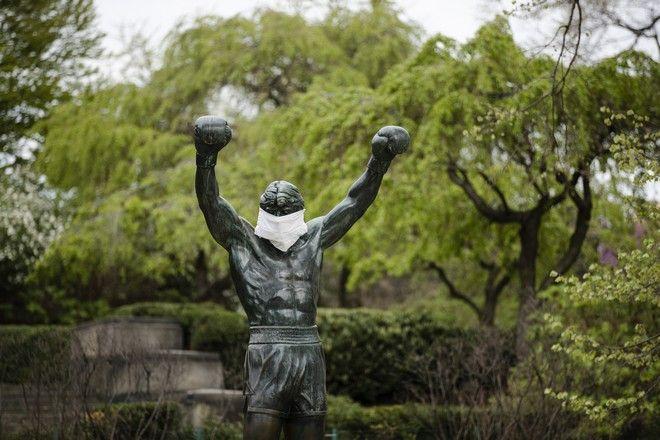 Το άγαλμα του Ρόκι στη Φιλαδέλφεια