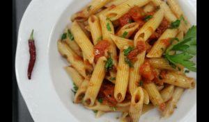 Πέννες αλ αραμπιάτα – Η αυθεντική ιταλική συνταγή