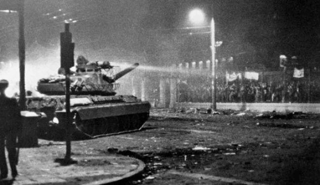 Η νύχτα του Πολυτεχνείου φώτισε την Ελλάδα, ας μην σκοτεινιάσουν την αυριανή επέτειο…