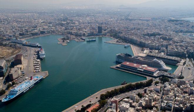 Το λιμάνι του Πειραιά.