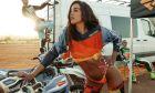 Στικούδη: Γυμνή με ροδοπέταλα στο Instagram για το νέο της album