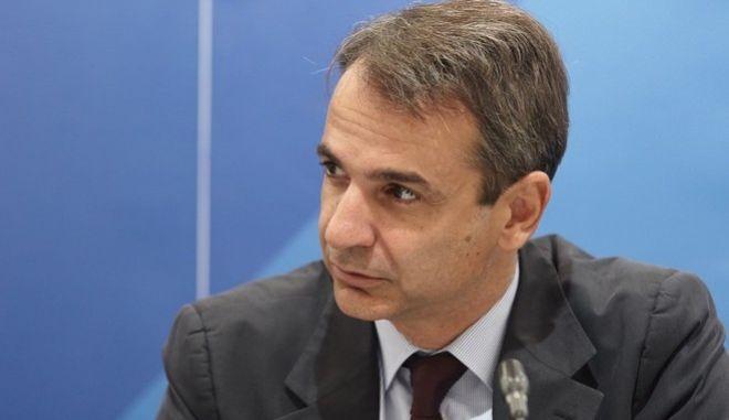 Συνάντηση του προέδρου της Νέας Δημοκρατίας Κυριάκου Μητσοτάκη, ενόψει της επίσκεψής του στην 81η Διεθνή Έκθεση Θεσσαλονίκης, την, Τρίτη 13 Σεπτεμβρίου, με κοινωνικούς εταίρους, στα κεντρικά γραφεία του Κόμματος.  Ειδικότερα, συναντήθηκε με εκπροσώπους της Γενικής Συνομοσπονδίας Εργατών Ελλάδας (ΓΣΕΕ), του Συνδέσμου Επιχειρήσεων και Βιομηχανιών (Σ.Ε.Β.), της Ελληνικής Συνομοσπονδίας Εμπορίου και Επιχειρηματικότητας (ΕΣΕΕ), της Γενικής Συνομοσπονδίας Επαγγελματιών Βιοτεχνών Εμπόρων Ελλάδας (ΓΣΕΒΕΕ) και του Συνδέσμου Ελληνικών Τουριστικών Επιχειρήσεων (ΣΕΤΕ). (EUROKINISSI/ΓΡΑΦΕΙΟ ΤΥΠΟΥ ΝΔ/ΔΗΜΗΤΡΗΣ ΠΑΠΑΜΗΤΣΟΣ)