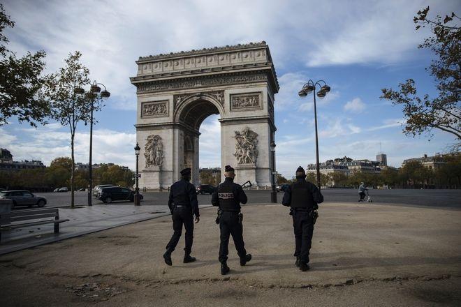 Ευρώπη: Ποιες χώρες επιστρέφουν στο lockdown και ποιες έχουν απαγόρευση κυκλοφορίας
