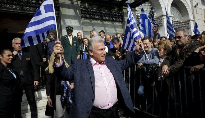 Ο Παναγίωτης Ψωμιάδης στο συλλαλητήριο στην πλατεία Συντάγματος για την Μακεδονία, Κυριακή 4/2/2018. (EUROKINISSI/ΓΙΑΝΝΗΣ ΠΑΝΑΓΟΠΟΥΛΟΣ)
