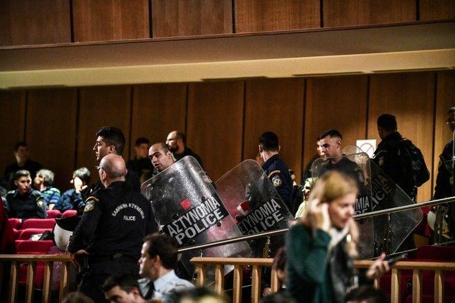 Απολογία του επικεφαλής του κόμματος Νίκου Μιχαλολιάκου στην δίκη της Χρυσής Αυγής