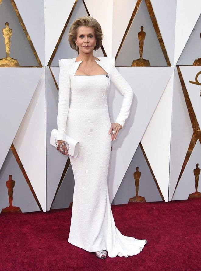 Jane Fonda arrives at the Oscars on Sunday, March 4, 2018, at the Dolby Theatre in Los Angeles. (Photo by Jordan Strauss/Invision/AP)