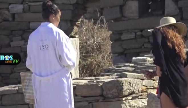 Isla Fisher και Shanina Shaik άναψαν φωτιές στη Δήλο