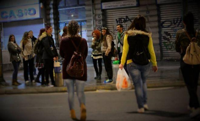 1500 Αθηναίοι θα κάνουν Χριστούγεννα στο δρόμο. Μπορείς να βοηθήσεις;