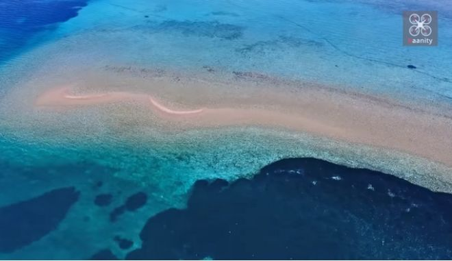 Τα παραδεισένια δίδυμα νησάκια που βυθίζονται