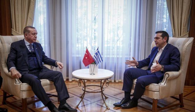 Ο Πρωθυπουργός, Αλέξης Τσίπρας με τον Πρόεδρο της Δημοκρατίας της Τουρκίας Ρετζέπ Ταγίπ Ερντογάν κατα την συνάντηση τους στο Μέγαρο Μαξίμου.την Πέμπτη 7 Δεκεμβρίου 2017.
