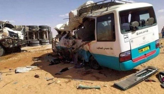Αλγερία: 13 νεκροί και 8 τραυματίες από σύγκρουση λεωφορείου με φορτηγό
