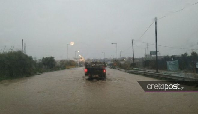 Πλημμύρες στην Κρήτη από την κακοκαιρία Ωκεανίς