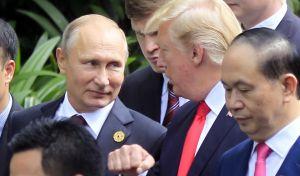 Τηλεφωνική συνομιλία και αβρότητες Τραμπ - Πούτιν