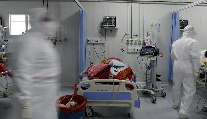 Ασθενής που κατέληξε σε εντατική.