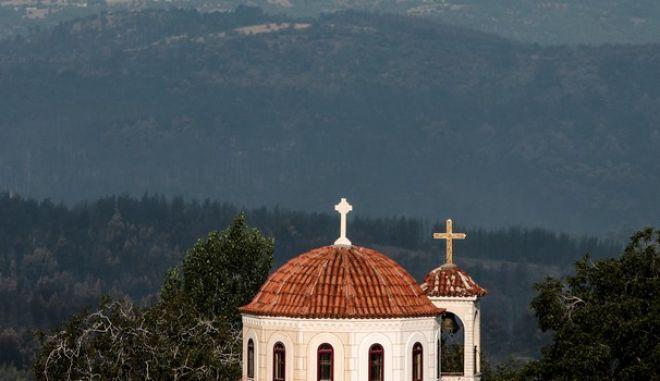 Εκκλησία στην Εύβοια