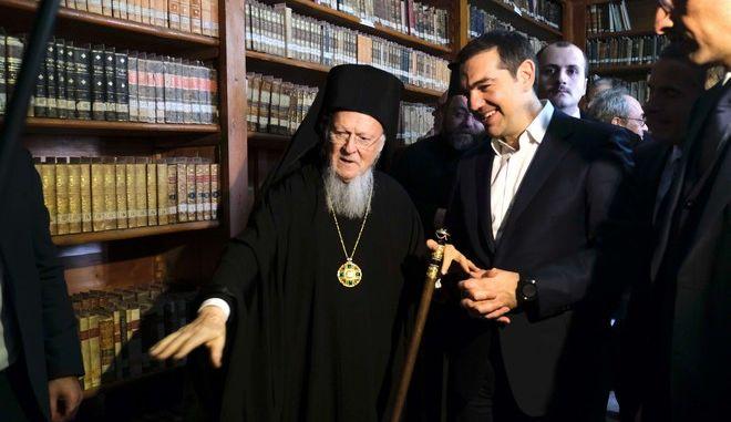 Στιγμιότυπο από την δεύτερη ημέρα της επίσκεψης του Πρωθυπουργού Αλέξη Τσίπρα στην Τουρκία.Η φωτογραφία από την Κωνσταντινούπολη στην Θεολογική σχολή της Χάλκης με τον Οικουμενικό Πατριάρχη Βαρθολομαίο, Τετάρτη 6 Φεβρουαρίου 2019 (EUROKINISSI / ΓΡ.ΤΥΠΟΥ ΠΡΩΘΥΠΟΥΡΓΟΥ/ ANDREA BONETTI)