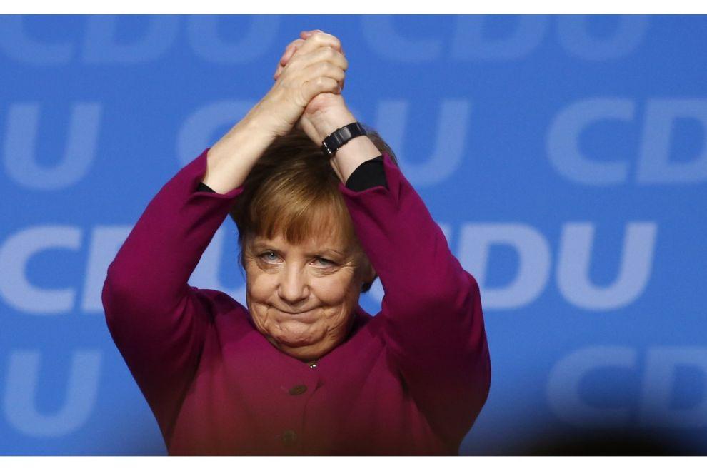 Η Μέρκελ αποχωρεί από την καγκελαρία, αφήνοντας πίσω της ένα κόμμα αποδυναμωμένο και ανδροκρατούμενο