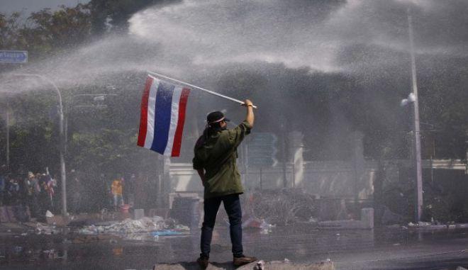 Ταϊλάνδη: Τελεσίγραφο του στρατού στους διαδηλωτές