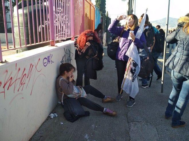 Οργή για την αναίτια χρήση χημικών και βίας εναντίον φοιτητών στο υπουργείο Παιδείας