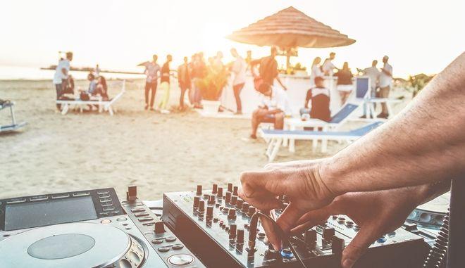 Beach party. Φωτο αρχείου.