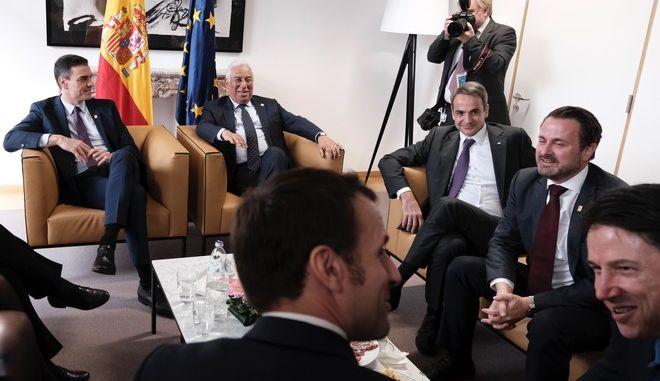Ο Κυριάκος Μητσοτάκης στην έκτακτη Σύνοδο Κορυφής της Ευρωπαϊκής Ένωσης