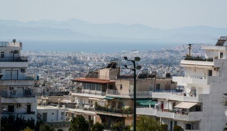 Σπίτια στη Αθήνα - φωτογραφία αρχείου