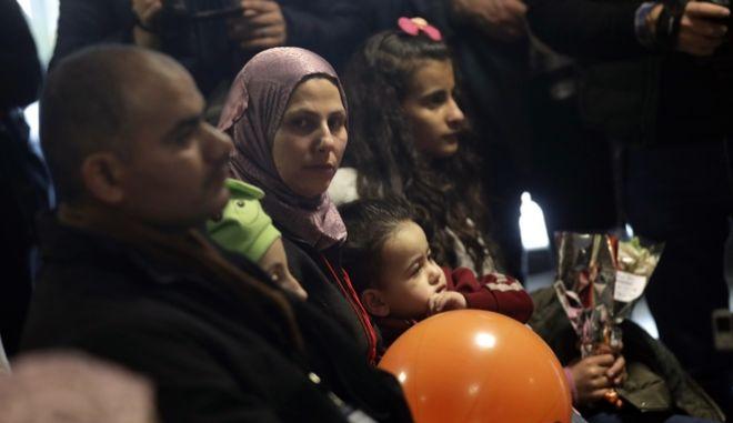 Επιβολή προστίμου σε χώρες που δεν δέχονται πρόσφυγες εξετάζει η Ε.Ε.