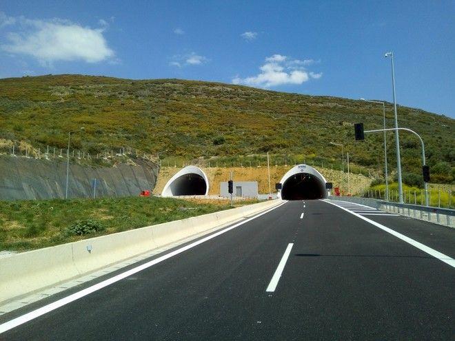 Στην κυκλοφορία 37 νέα χλμ. στην Ιόνια Οδό – ανοικτή και η σήραγγα Κλόκοβας