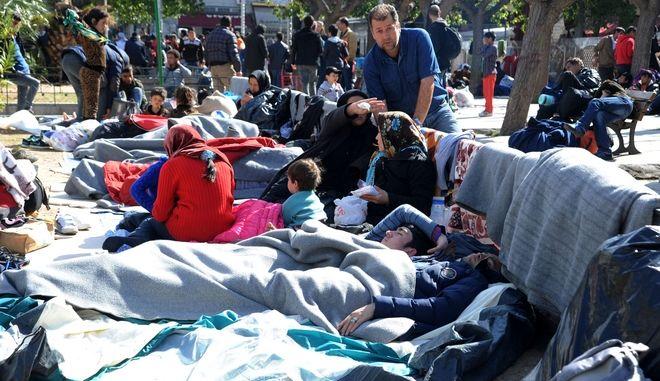 Πρόσφυγες στην πλατεία Βικτωρίας την Κυριακή 28 Φεβρουαρίου 2016. (PHASMA/ΓΙΩΡΓΟΣ ΝΙΚΟΛΑΪΔΗΣ)