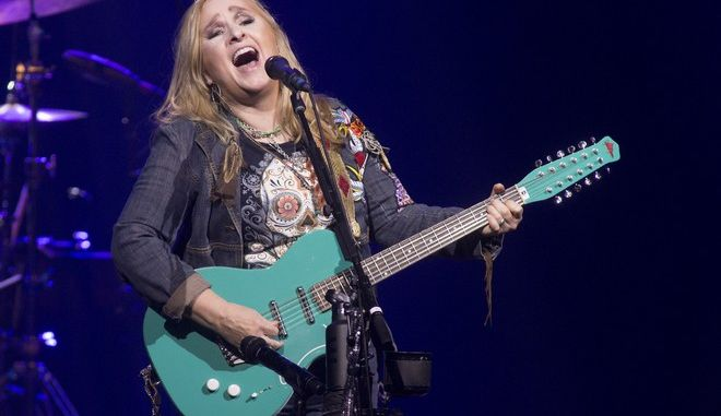Η τραγουδίστρια Melissa Etheridge (Photo by Owen Sweeney/Invision/AP)