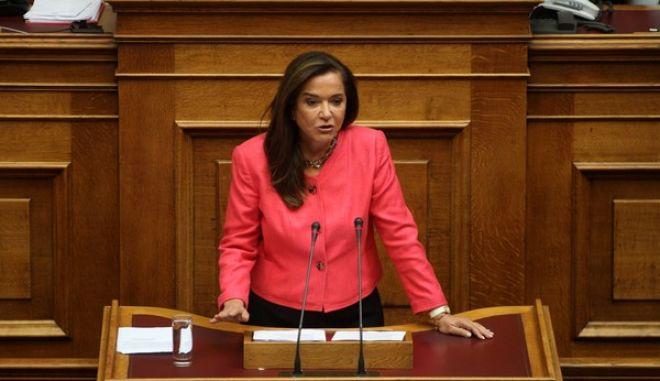 Στιγμιότυπο από την 2η ημέρα της συζήτησης στην Βουλή για την παροχή ψήφου εμπιστοσύνης στην κυβέρνηση την Πέμπτη 9 Οκτωβρίου 2014. (EUROKINISSI/ΑΛΕΞΑΝΔΡΟΣ ΖΩΝΤΑΝΟΣ)