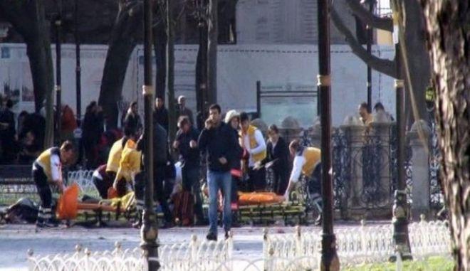 Τρομοκρατική επίθεση κοντά στην Αγ. Σοφία. Γερμανοί υπήκοοι, 8 από τους 10 νεκρούς