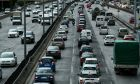 """Κίνηση στους δρόμους: Στα """"κόκκινα"""" κομβικές αρτηρίες της Αθήνας"""