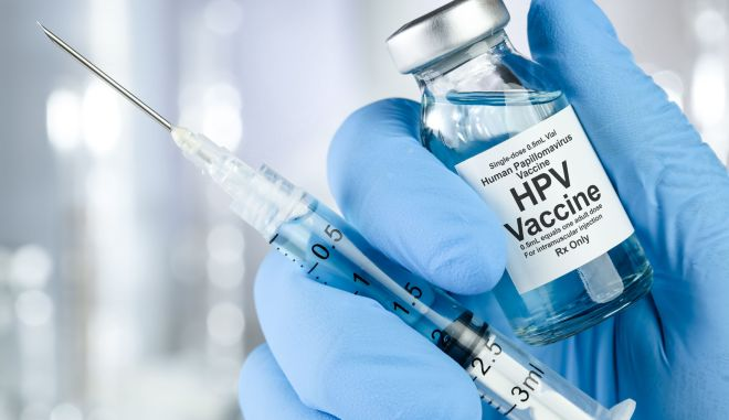 Ο εμβολιασμός έναντι του HPV αποτελεί την καλύτερη θωράκιση έναντι του καρκίνου του τραχήλου.