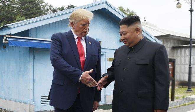 Συνάντηση Ντόναλντ Τραμπ και Κιμ Γιονγκ Ουν στη Βόρεια Κορέα