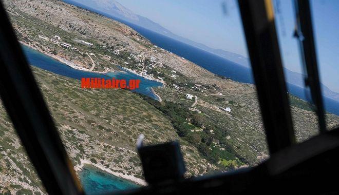 Στιγμιότυπο από το ελικόπτερο που μετέφερε τον πρωθυπουργό τη στιγμή της παρενόχλησης