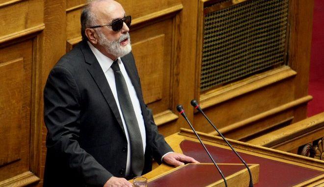 Στιγμιότυπο από την 3η ημέρα συζήτησης στην ολομέλεια της βουλής επί των προγραμματικών δηλώσεων της κυβέρνησης ΣΥΡΙΖΑ-ΑΝΕΛ ,Τρίτη 10 Φεβρουαρίου 2015 (EUROKINISSI/ΤΑΤΙΑΝΑ ΜΠΟΛΑΡΗ)