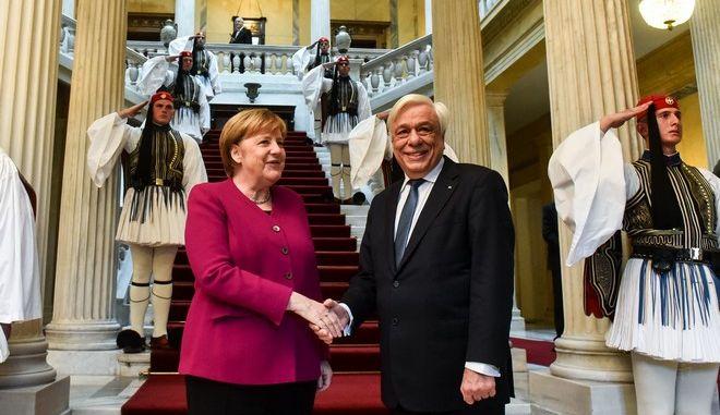 Συνάντηση του Προέδρου της Δημοκρατίας Προκόπη Παυλόπουλου με την Καγκελάριο της Γερμανίας Άνγκελα Μέρκελ, την Παρασκευή 11 Ιανουαρίου 2019. (EUROKINISSI/ΤΑΤΙΑΝΑ ΜΠΟΛΑΡΗ)