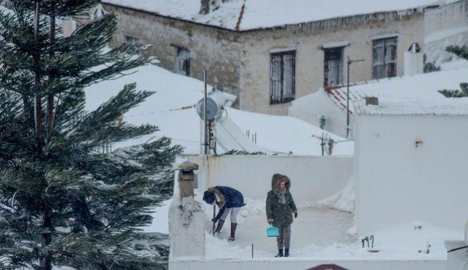 Ένα βήμα πριν το μπλακ άουτ έφερε ο χιονιάς το ενεργειακό σύστημα