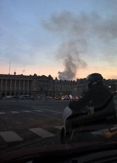 Παρίσι: Μεγάλη πυρκαγιά στο υπό ανακαίνιση ξενοδοχείο Ritz