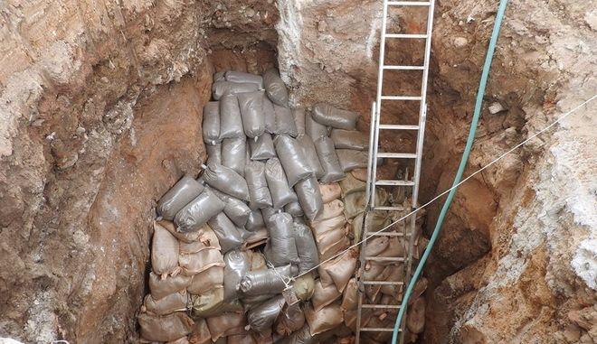 Καρέ καρέ η επιχείρηση εξουδετέρωσης της βόμβας στο Κορδελιό