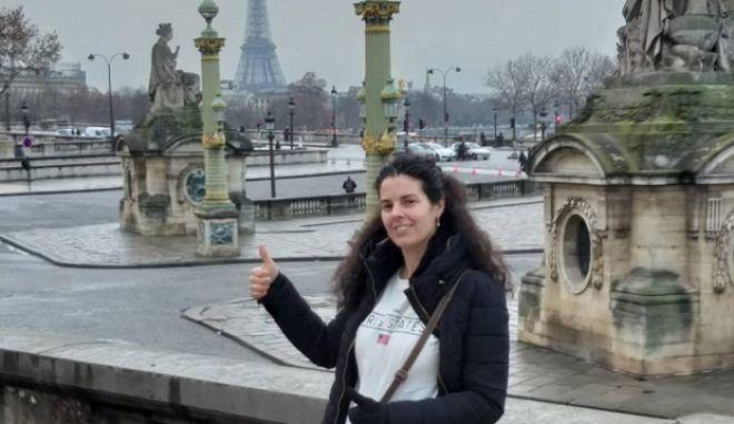 Η Λάουρα Σανθ στο Παρίσι