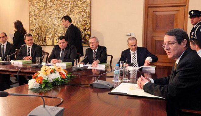 Το plan Β του Αναστασιάδη αν δεν ψηφιστεί το κούρεμα των καταθέσεων