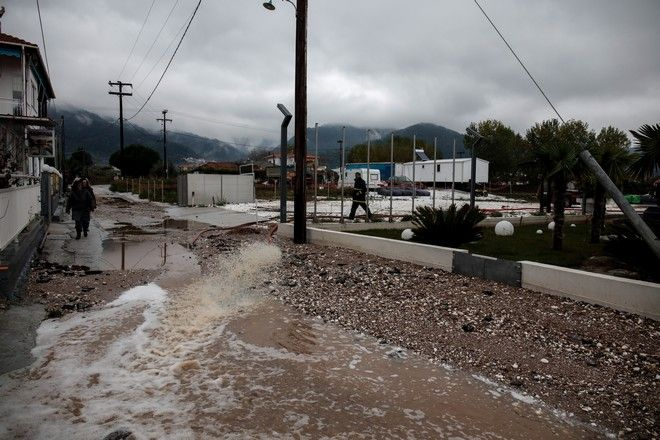 Καταστροφές από τις πλημμύρες στην Θάσο
