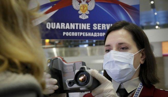 Έλεγχοι για τον ιό στο αεροδρόμιο Πούλκοβο της Αγίας Πετρούπολης