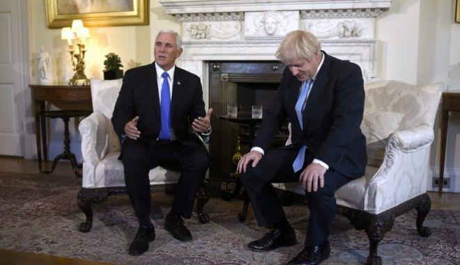 Επίσκεψη του αντιπροέδρου των ΗΠΑ στο Λονδίνο