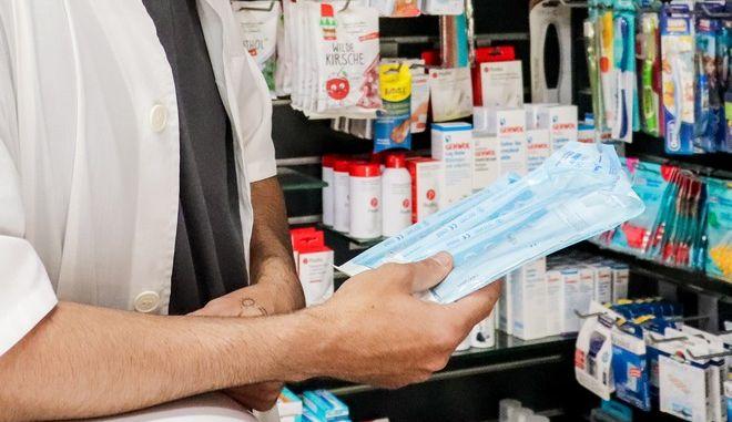 Διανομή self-test στα φαρμακεία