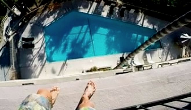 "Balconing: Τα βίντεο της φονικής ""μόδας"" - Πηδάνε απ' τα μπαλκόνια και σκοτώνονται"