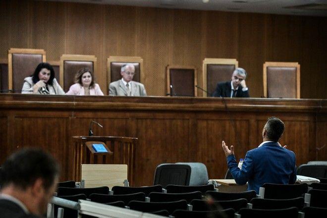 Απολογία του πρώην βουλευτή Στάθη Μπούκουρα στη δίκη της Χρυσής Αυγής