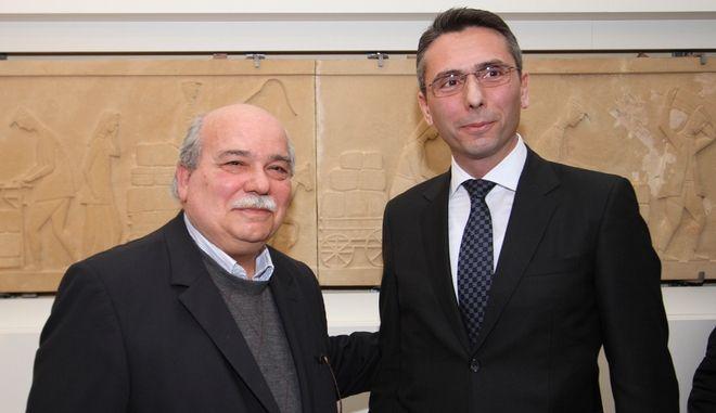 Δωρεά έργου ανεκτίμητης αξίας στη Βουλή των Ελλήνων από την Παπαστράτος
